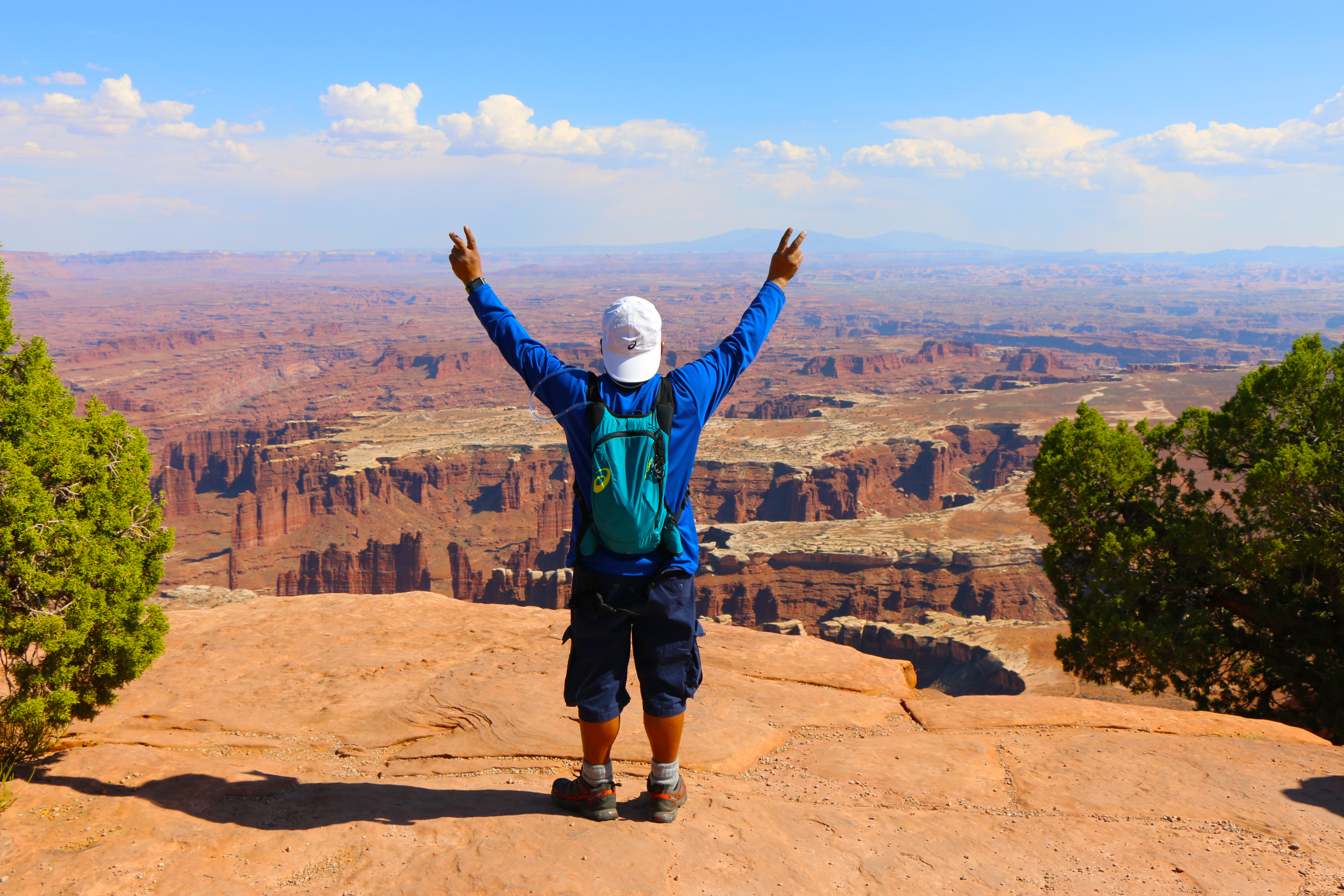 backpacking canyonlands national park